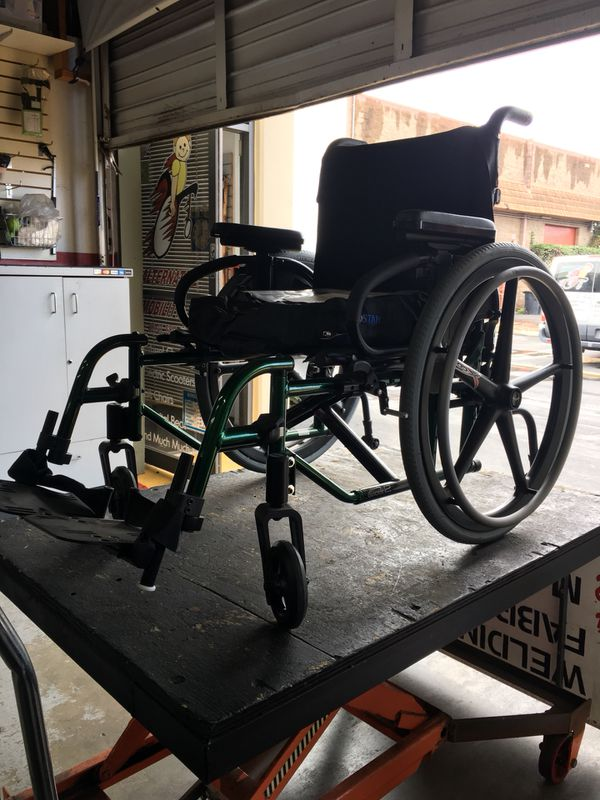 Quickie Q2 Manual Wheelchair for Sale in Chula Vista, CA - OfferUp