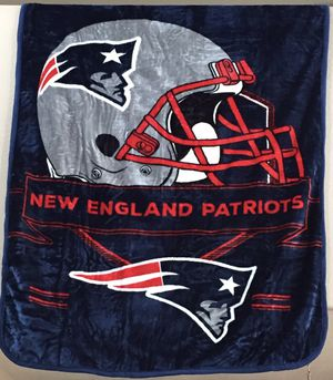 New England Patriots Plush Throw Blanket, Measures60 by 80 inches for Sale in Henderson, NV
