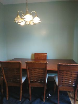 Dinning room table and chairs for Sale in Centreville, VA