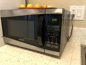 West bend microwave works great $40 OBO for Sale in San Diego, CA