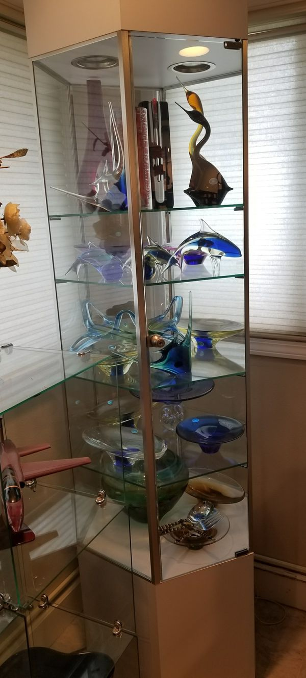 Locking Glass Tower Display Cabinet for Sale in Edmonds, WA - OfferUp