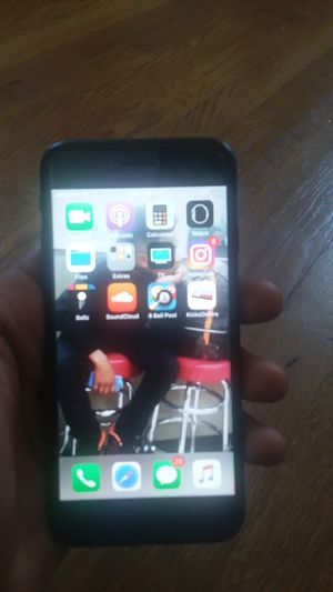 IPhone 8 brend new I want it gone ASAP for Sale in Columbus, OH
