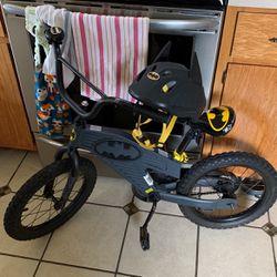 16 In Boys Batman Bike  Thumbnail