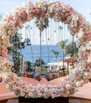 Wedding circle arch for Sale in UPR MARLBORO, MD