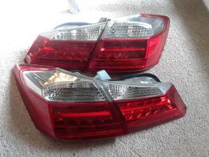 Vendo luces traseras para Honda acord año 2013 al 2015 están semi nuevas for Sale in Washington, DC