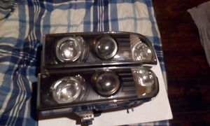 2 halo projection headlights(great shape)s10 fits models 2000 up still is available and for sale they have not been yet for Sale in LaFayette, GA