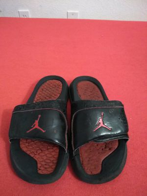 234a1ceaf27e Air Jordan slippers size 6 for Sale in Litchfield Park