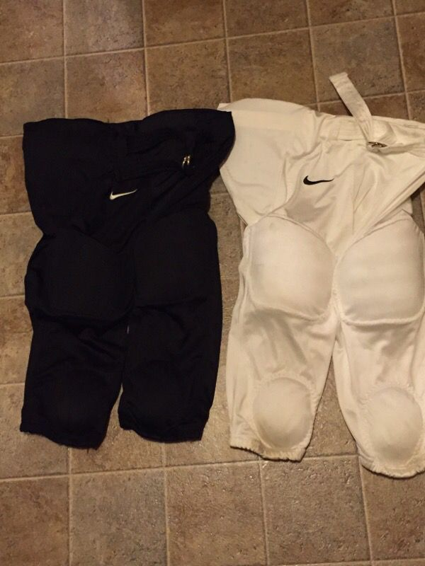 fbcade245213 NIKE youth Football Pants w pads for Sale in Caledonia