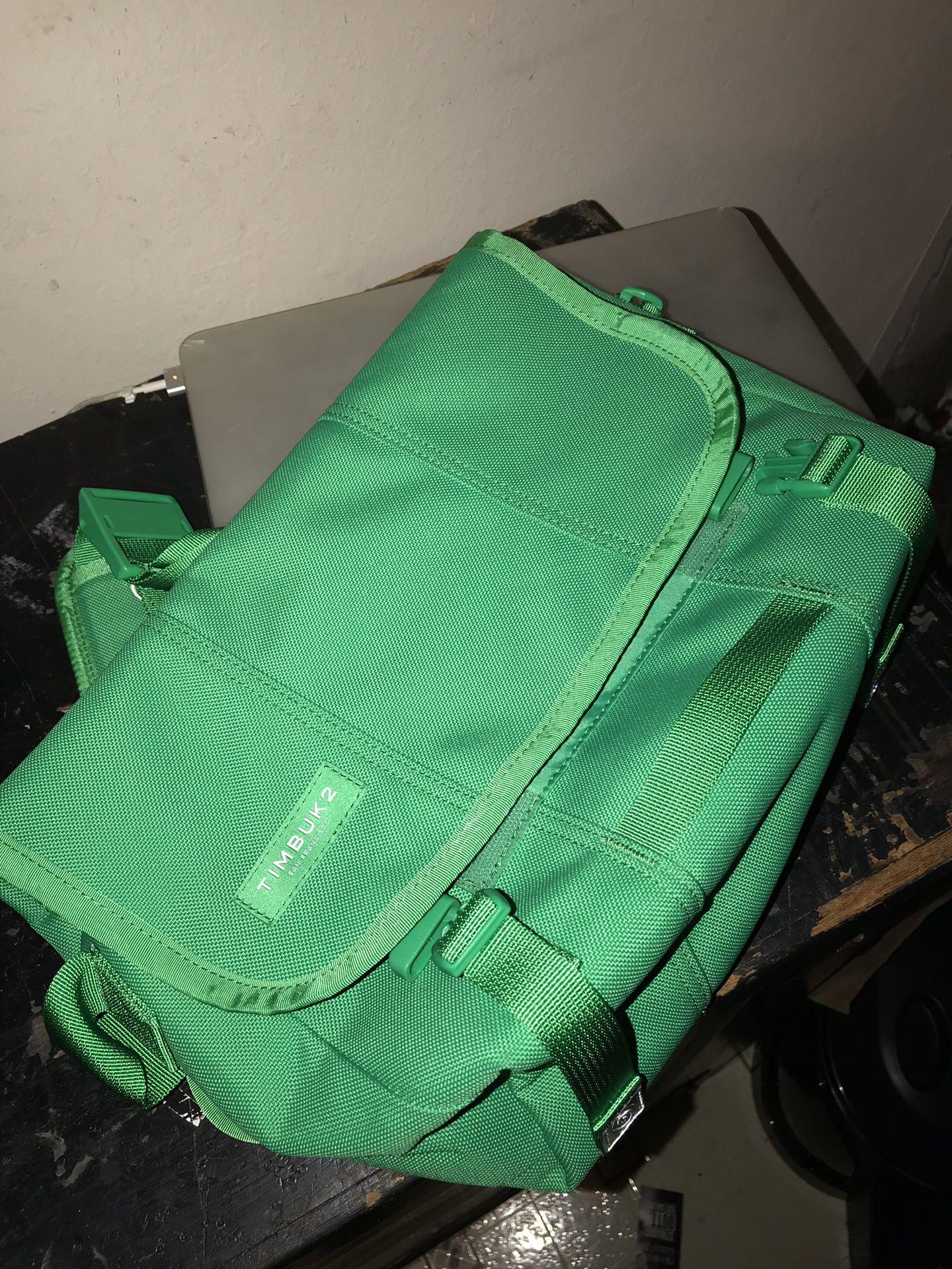 Timbuk2 small messenger bag