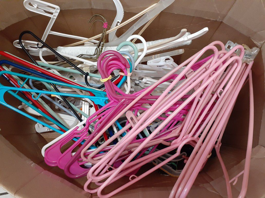 Hangers various sizes - used