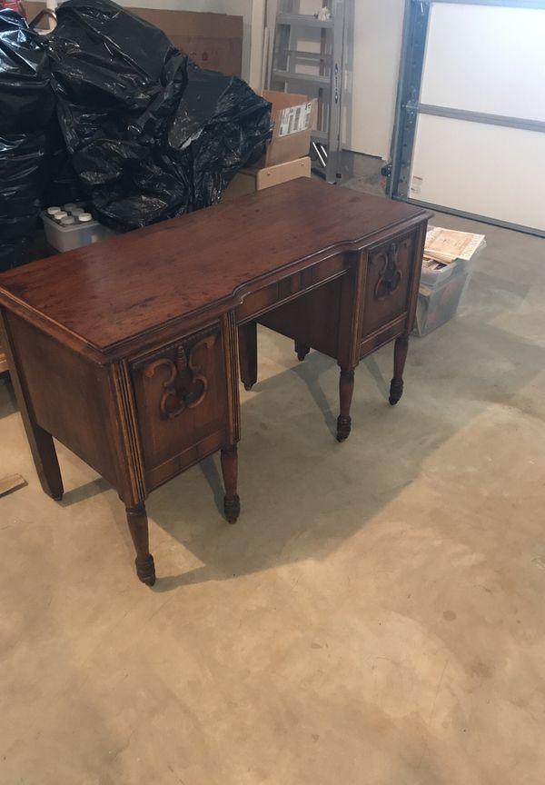 - Small Antique Desk For Sale In Ashburn, VA - OfferUp