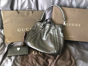fc7f25750 New and Used Gucci tote for Sale in Santa Clara, CA - OfferUp