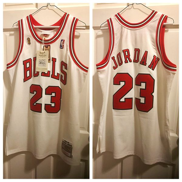 separation shoes 77836 54ca8 Michael Jordan Chicago Bulls throwback basketball jersey by Mitchell & Ness  for Sale in PECK SLIP, NY - OfferUp
