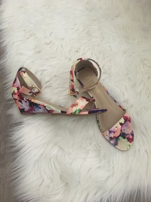 Floral summer small wedge sandals - size 6 for Sale in Apex, NC