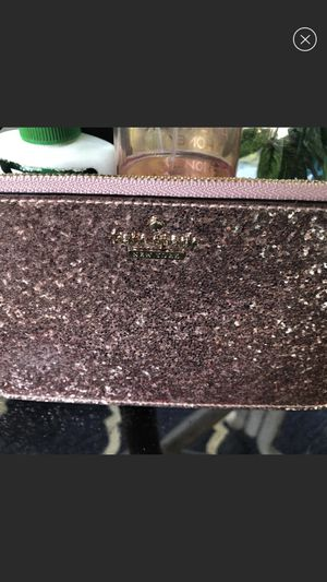 Kate spade wristlet for Sale in Silver Spring, MD