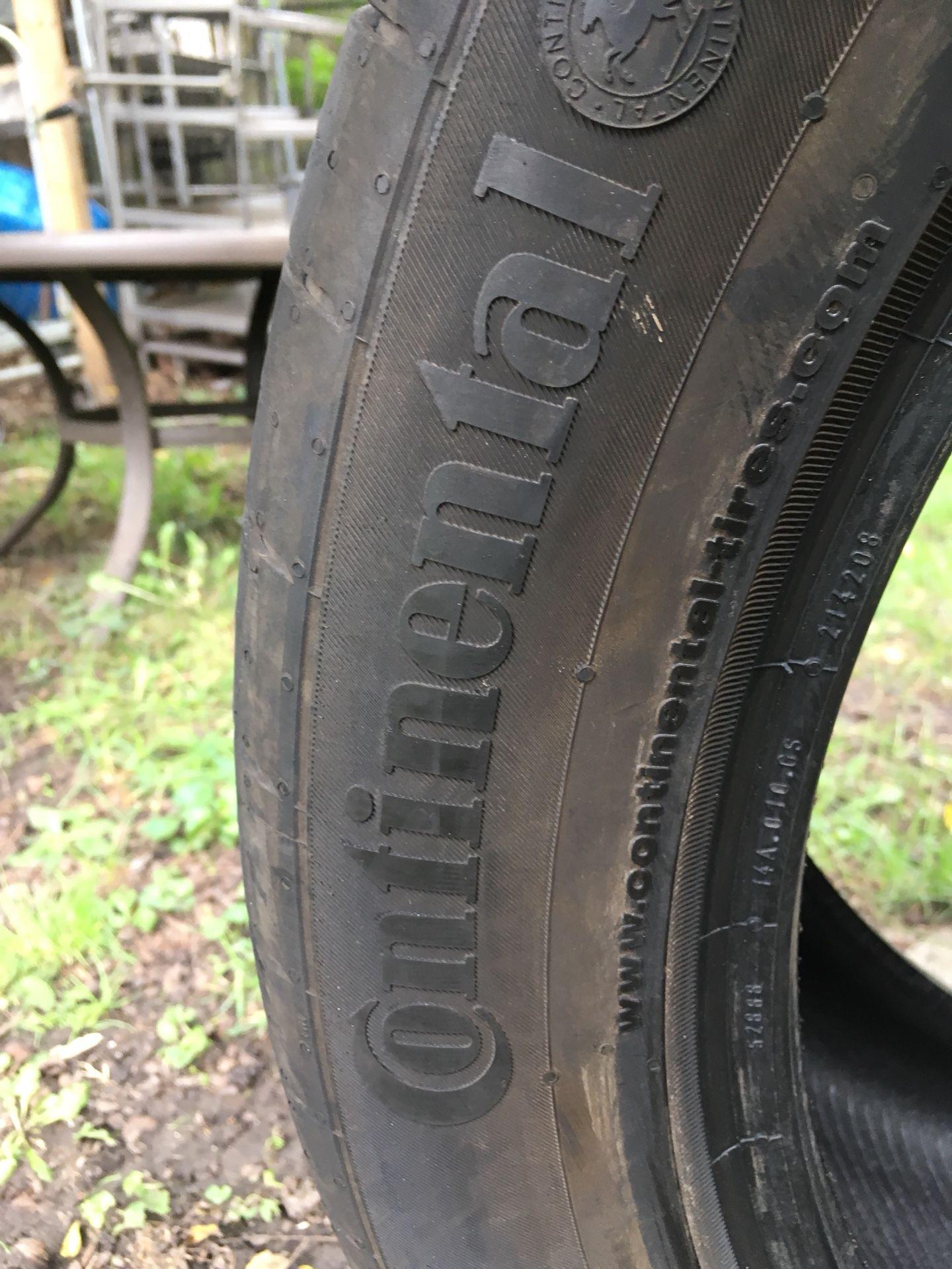 Single Used Tire 295-40-21
