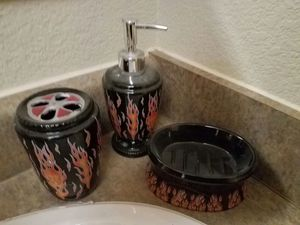 Flaming bathroom accessories for sale  Broken Arrow, OK