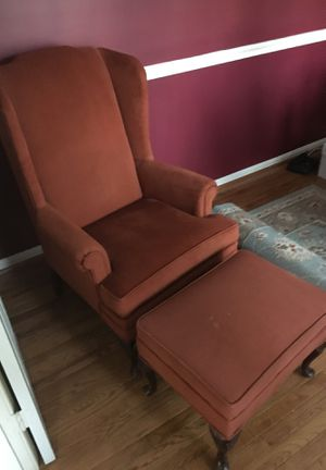 Queen Anne chair and Ottoman for Sale in Lake Ridge, VA