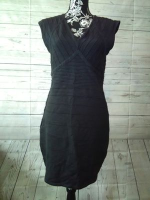 Brand New Beautiful Sami + Jo Dress , women's size L ( never worn ) for Sale in Frederick, MD