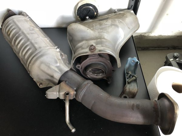 06 11 Civic Si Catalytic Converter