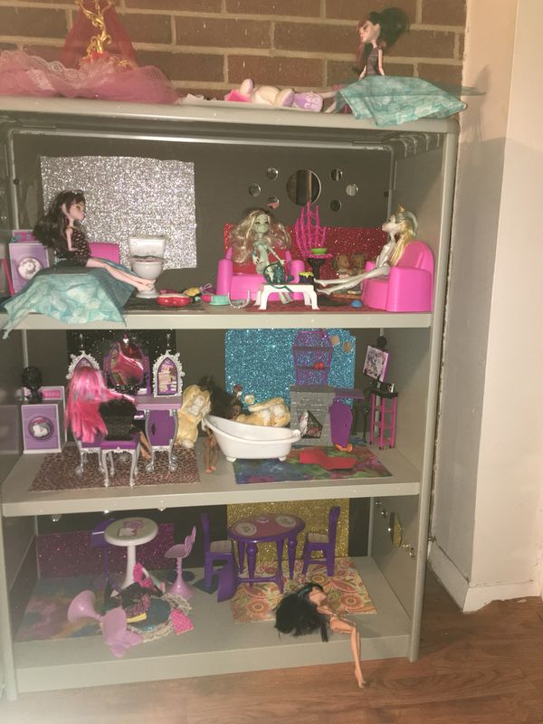 Doll House Made Out Of A Bookshelf For Sale In Chesapeake VA