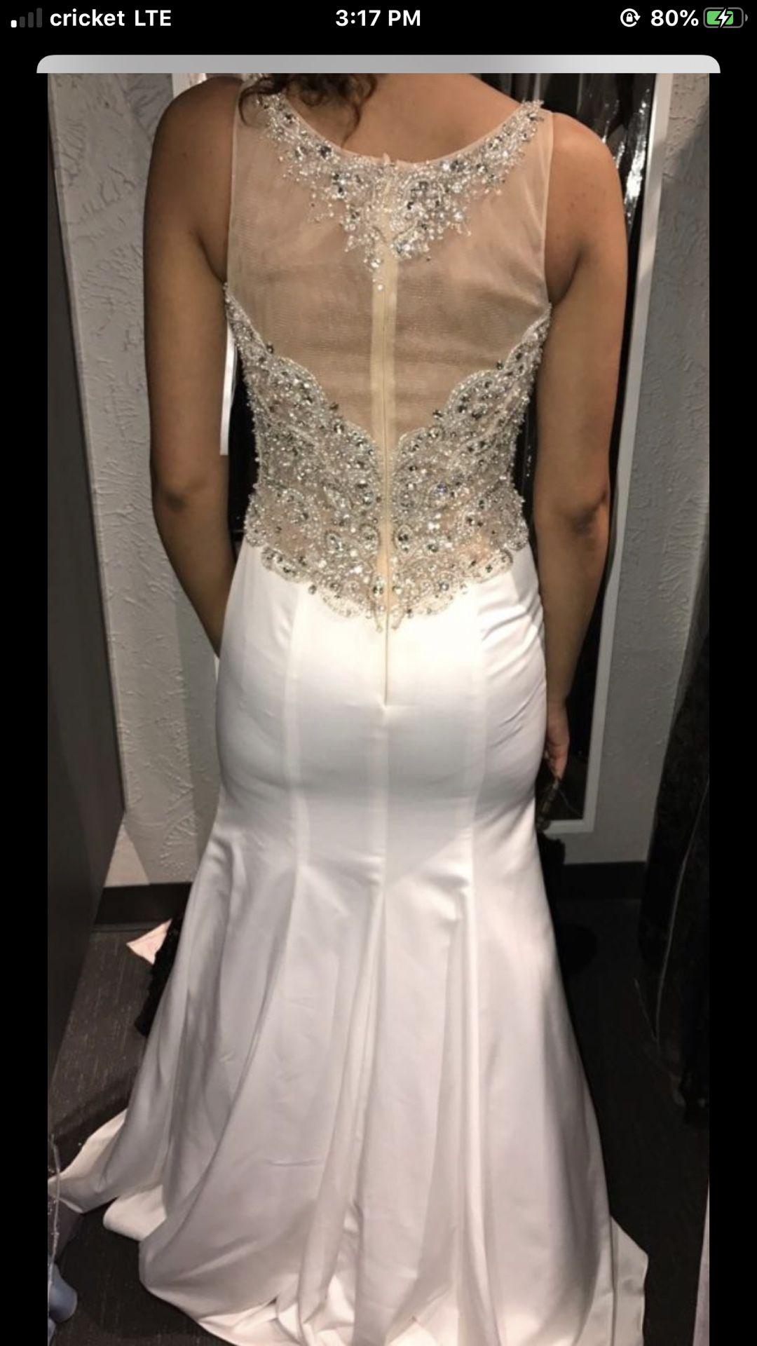 Prom dress / wedding dress
