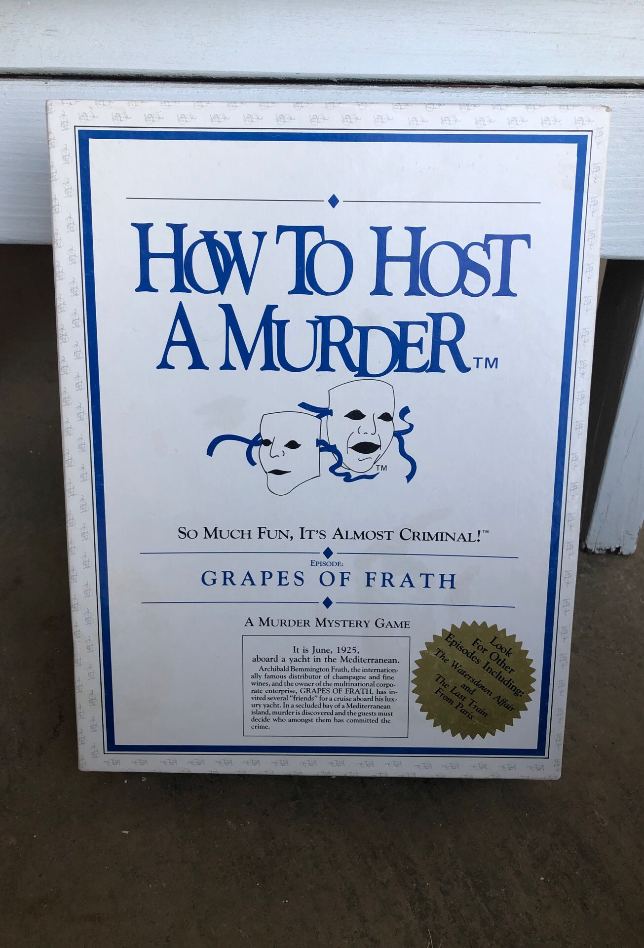 How to host a murder board game
