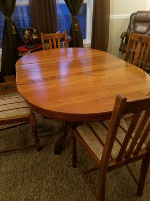 Oak table and chairs for Sale in Poulsbo, WA
