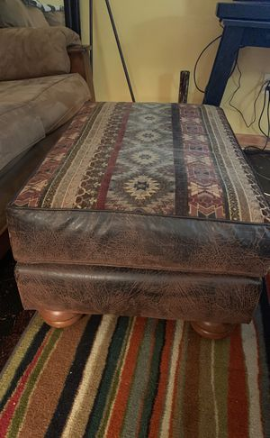 Ottoman for Sale in Tacoma, WA