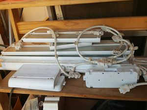 Under cabnet light fixtures for Sale in Phoenix, AZ