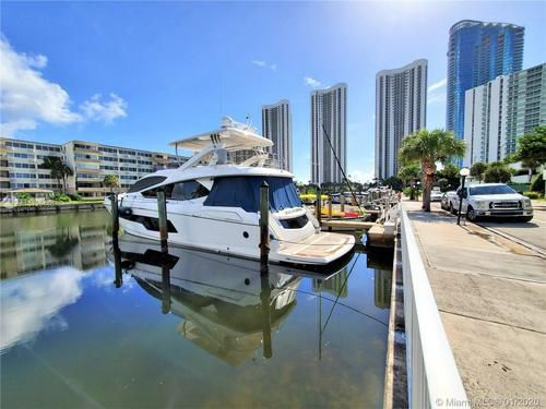 Photo Looking For Boat Dock Slip
