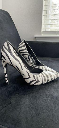 Animal print high-heel shoes Thumbnail