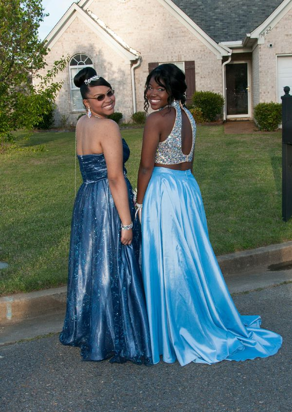 Sherri Hill Two-Piece Prom Dress (Clothing & Shoes) in Southaven, MS ...