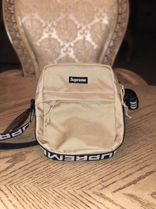 Supreme SS18 Shoulder Bag Tan for Sale in Yorkville 79fa7c1db0d22