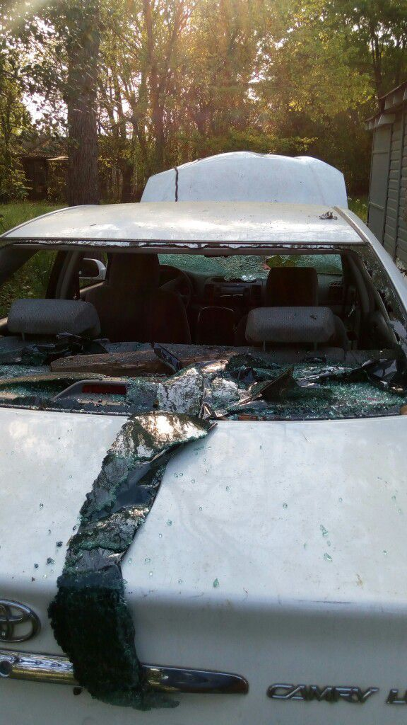 My poor car 2002 Toyota Camry destroyed in olanza sanders care...now ...