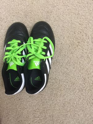 Adidas soccer cleats size 1 for Sale in Herndon, VA