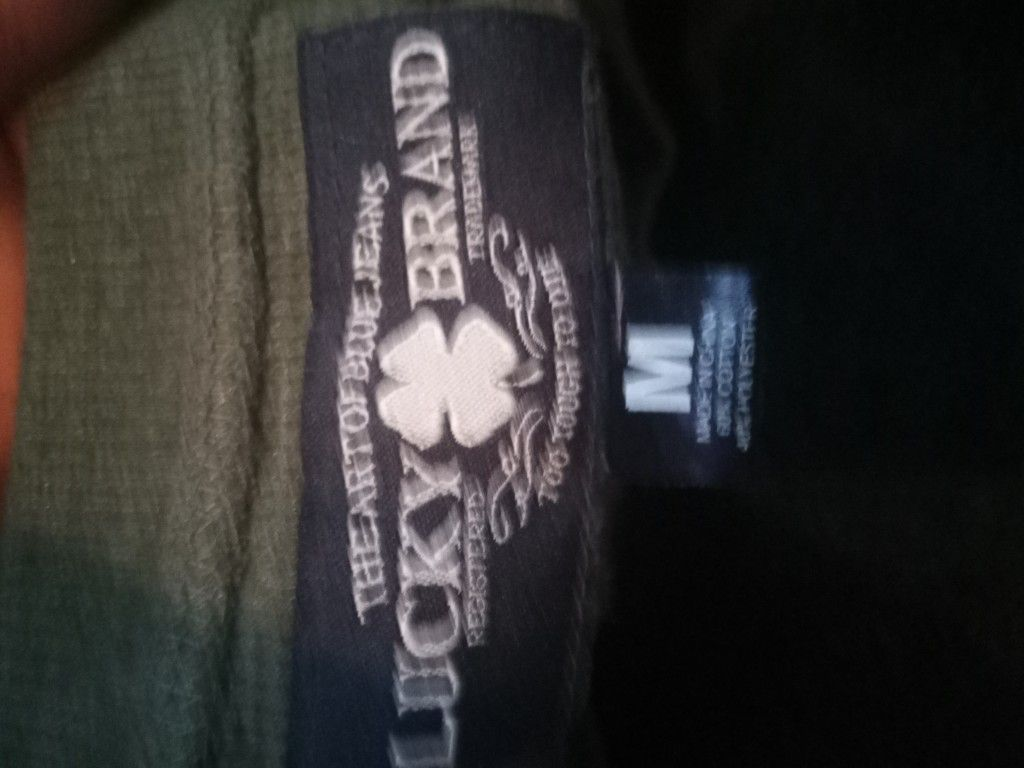 Lucky brand size med thermal type shirt like new