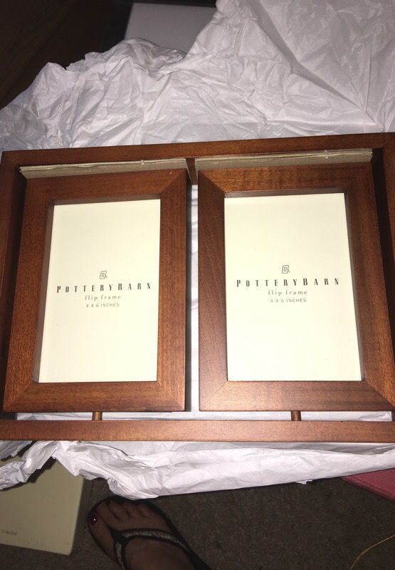 Pottery Barn Mahogany Flip Frame - 4 4x6 photos (Photography) in San ...