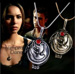 Vampire Diaries Lovers!!! Alainas Locket on (925) Sterling Silver Snakebone chain (locket does open) only only one left( silver in color) Thumbnail