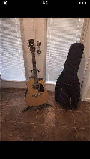 Like New Hanes Acoustic/Electric Guitar! Elite Case & Stand for Sale in Knoxville, MD