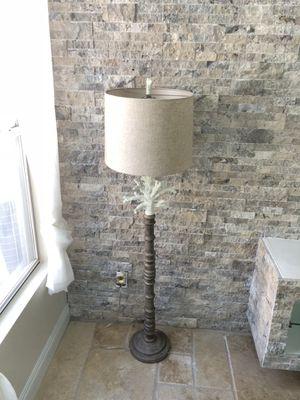 Modern lamp for Sale in Las Vegas, NV