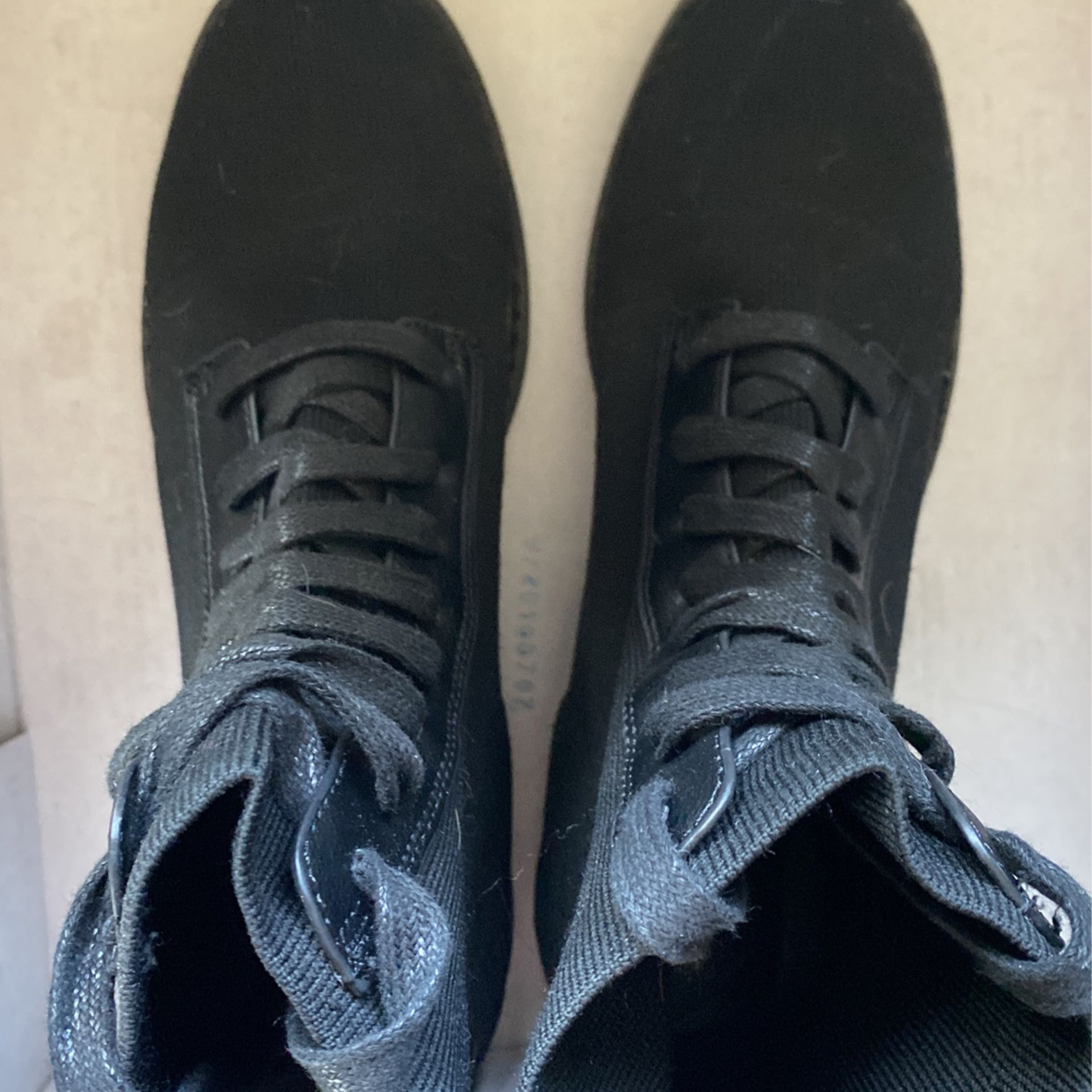 Black Stretchy Boots