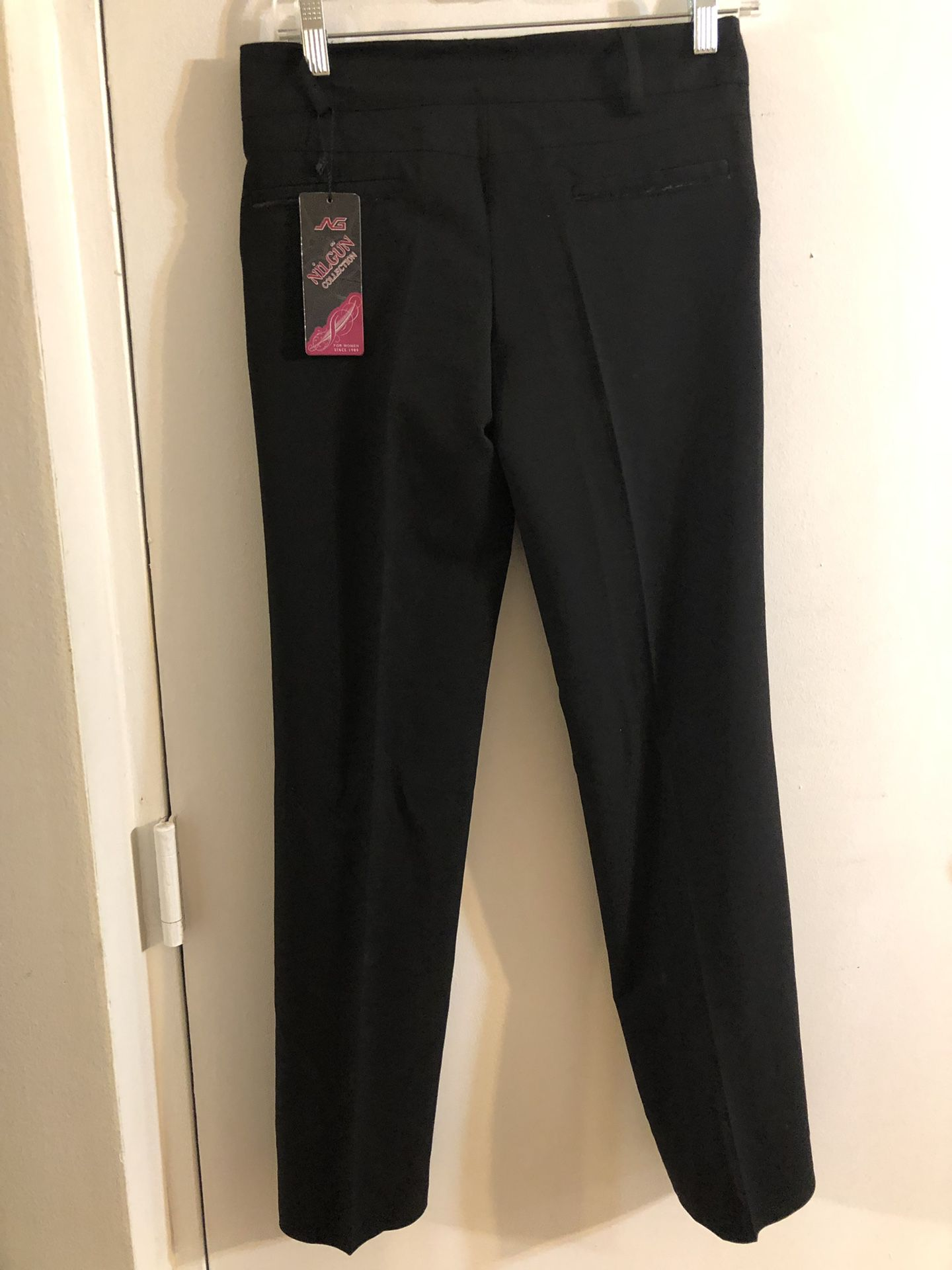 Beautiful black pant never used size 38
