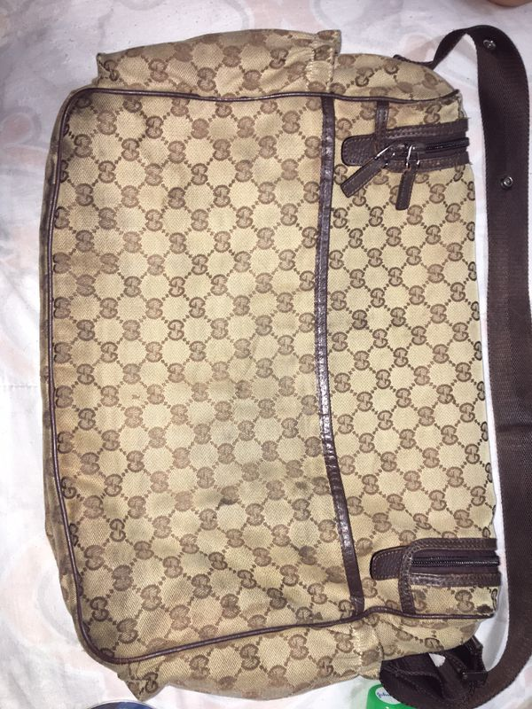 b5edbf85b New and Used Gucci bag for Sale in Homestead, FL - OfferUp