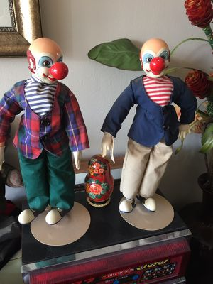 Vintage clowns on stands for Sale in Chicago, IL