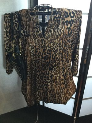 Size large top for Sale in San Jose, CA