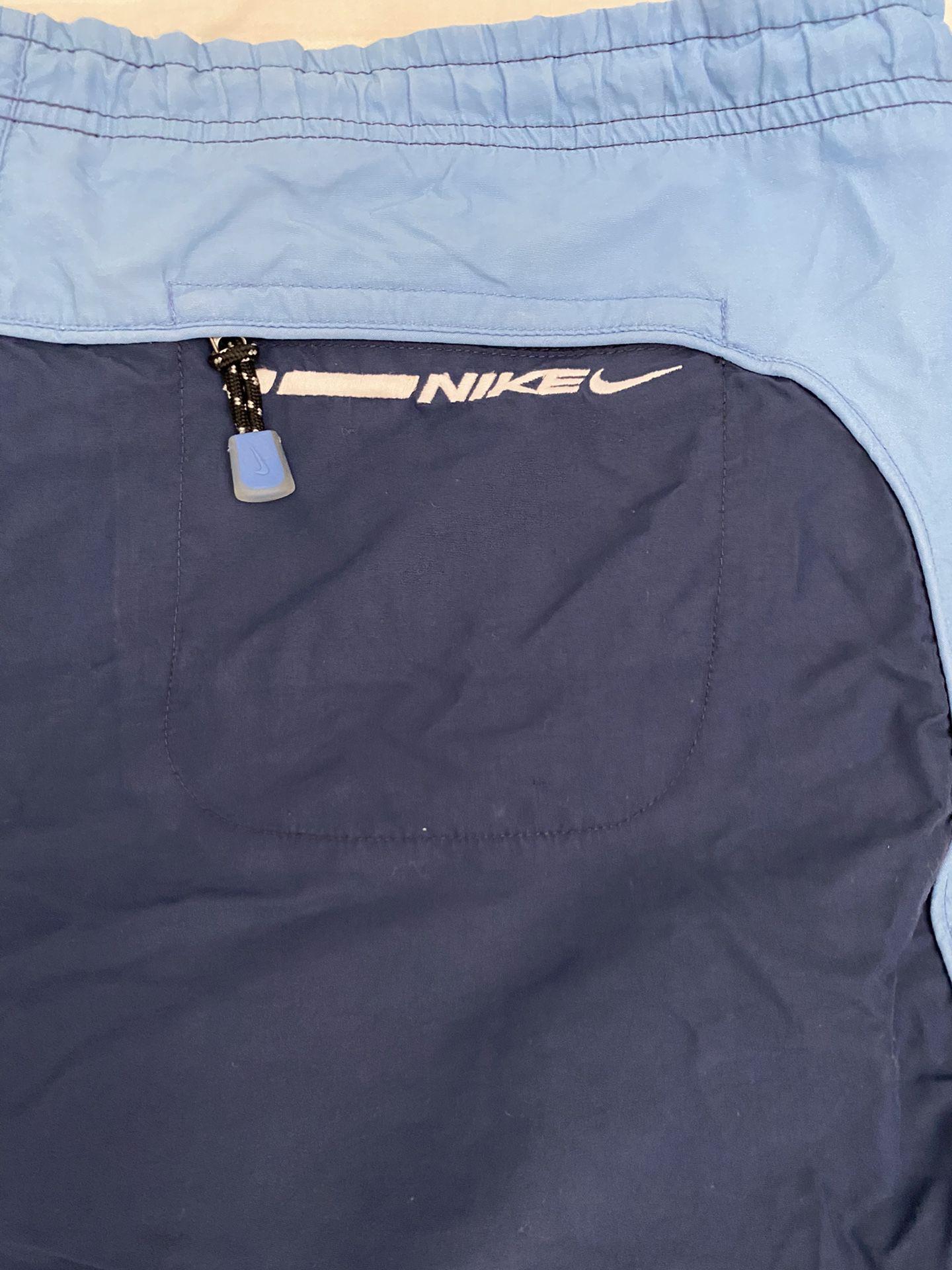 Nike jogger shorts size L