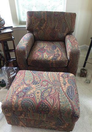 Oversized Bernhardt chair and ottoman for Sale in Rockville, MD