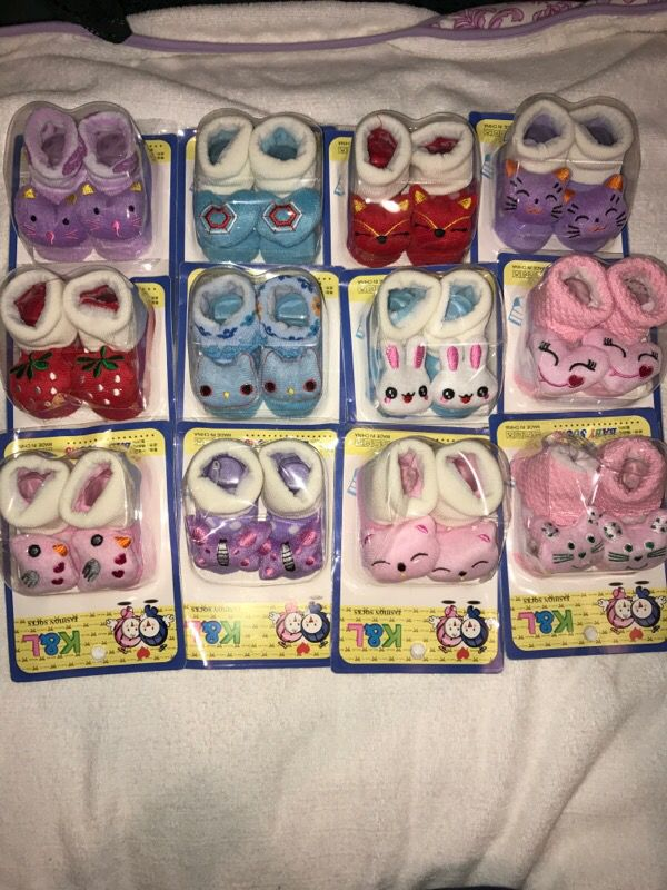 Adorable baby socks 0-9 months