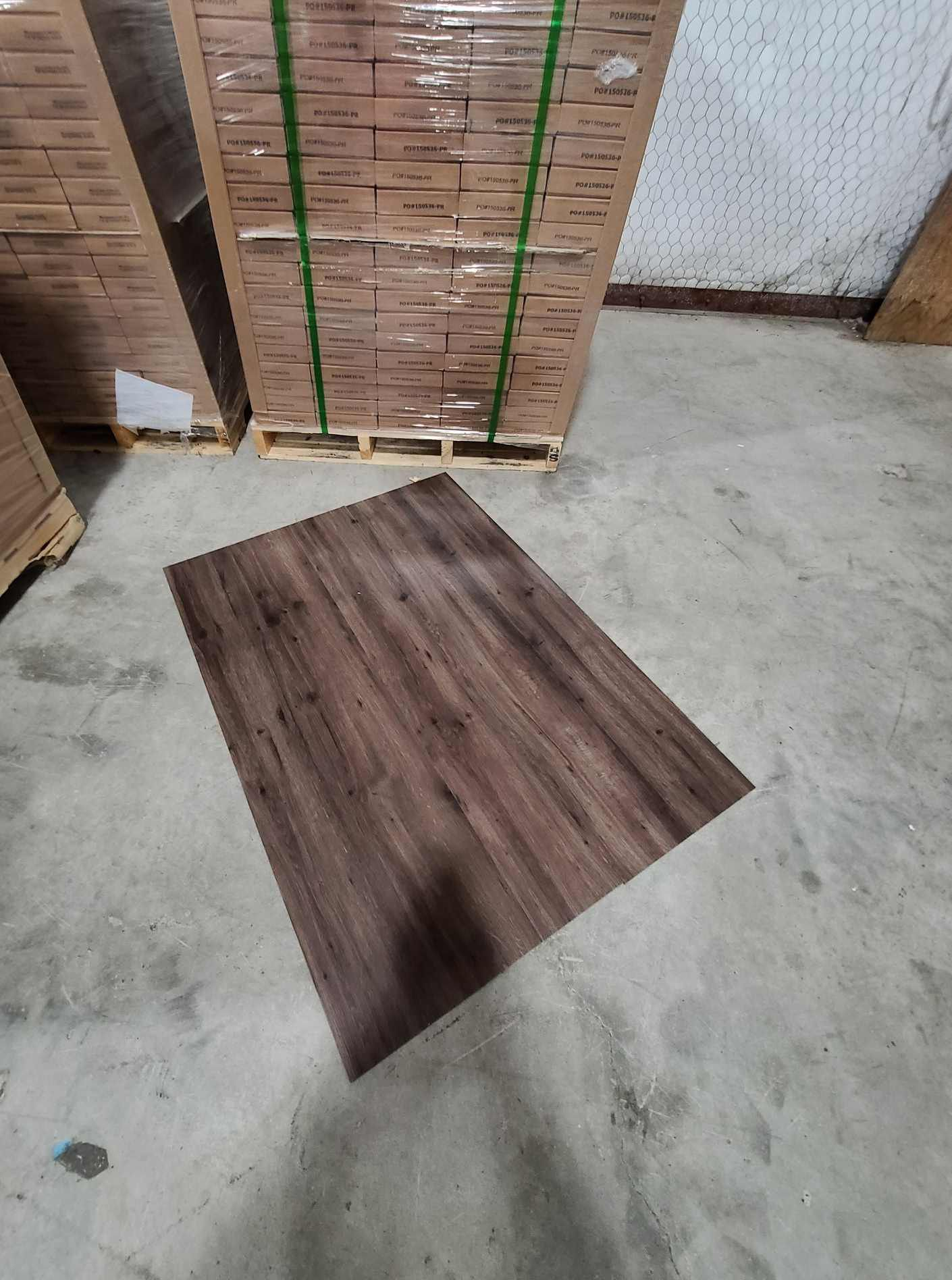 Luxury vinyl flooring!!! Only .65 cents a sq ft!! Liquidation close out! N5GZ